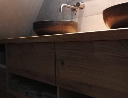 Toilettafel